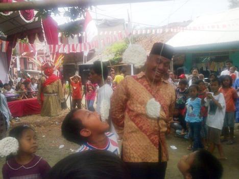 Pak rw kite ngikutin salah satu lomba perayaan kemerdekaan