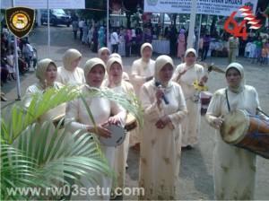 Sambutan Musik Rabbana oleh Ibu2 Majelis Ta'klim